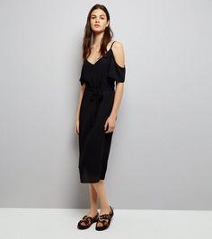 Robe mi-longue noire à épaules dénudées | New Look
