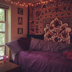 @UNHStudents dorm room on Instagram!