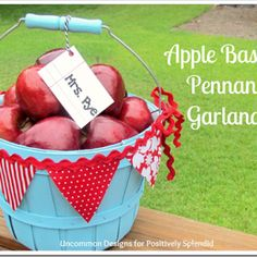 diy Apple Basket Pennant Garland - Perfect for back-to-school teacher gifts! Teacher Appreciation Gifts, Teacher Gifts, Fall Crafts, Crafts To Make, Apple Garland, Apple Baskets, Bunting Garland, Buntings, Diy Gifts