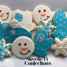 Items similar to Winter Decorated Cookies Snowflakes cookies snowman cookie mittens winter hat Decorated Cookies Frozen Cookies Blue on Etsy Snowman Cookies, Snowflake Cookies, Christmas Sugar Cookies, Holiday Cookies, Christmas Desserts, Christmas Baking, Christmas Cupcakes, Frozen Cookies, Iced Cookies