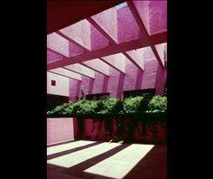 Clásicos de Arquitectura: Fábrica Renault / Ricardo Legorreta