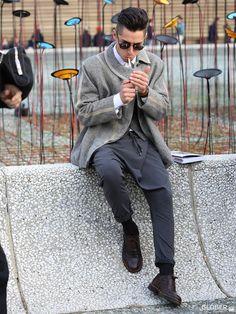 GLOBER | サルエル風パンツ Brogue Shoe, Brogues, Suits, Fashion, Moda, La Mode, Fasion, Wedding Suits, Fashion Models