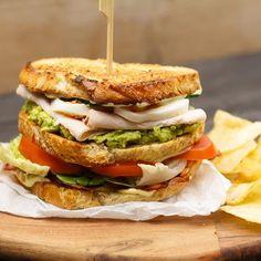 The good old club sandwich! De sandwich gold voor culinairhellip