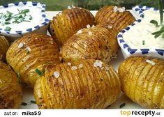 Pečené brambory se dvěma dipy recept - TopRecepty.cz Okra, Baked Potato, Muffin, Potatoes, Baking, Breakfast, Ethnic Recipes, Food, Gumbo