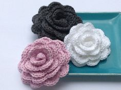 Crochet flower  SET OF 3  Wedding favor  Baby by LeCrochetdOr, $9.00