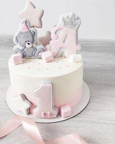 likes, 13 comments - Kuchen - 1st Birthday Cake For Girls, Pretty Birthday Cakes, Baby Birthday Cakes, Baby Girl Cakes, Cake Baby, Drip Cakes, Savoury Cake, Baby Shower Cakes, Cake Smash