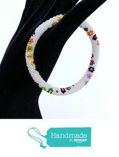White flowers beaded crochet bracelet BR1184 from Nazo Design https://www.amazon.com/dp/B01HIL10EI/ref=hnd_sw_r_pi_dp_vLS7xbRAKZM65 #handmadeatamazon