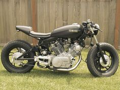 Going to build me one of these cafe racer Virago's for sure....