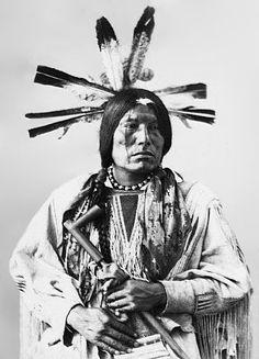 Eagle Man, Yanktonai Sioux, (Antique photo of Native American) Native American Pictures, Native American Tribes, Native American History, American Indians, Indian Tribes, Native Indian, Indian Pictures, Indian Face, Inka