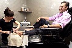 울산인테리어 티디컴퍼니/ * Nail Shop Interior 네일샵인테리어 디자인이 중요한이유는~! : 네이버 블로그 Pedicure, Mani Pedi Spa, Men Nail Polish, Nail Salon Decor, Barefoot Men, Men Photography, Beauty Spa, Nail Bar, Nails