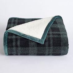 Cuddl Duds Premium Sherpa Fleece Throw, Dark Green