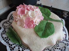 18.3.2015 Narozeninový dort Hortenzie