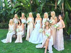 Pin for Later: Diese Braut trug 9 verschiedene Outfits bei ihren Hochzeitsfeierlichkeiten