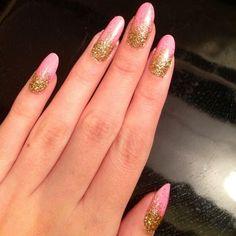 Almond Shaped Pink Nails Art - DELARIZ