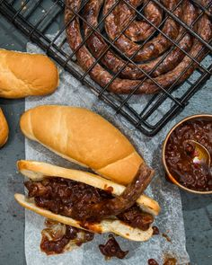 Full recipe, ingredients list and steps for Jan Braai's Monkeygland Boerewors Rolls. South African Recipes, Ethnic Recipes, Braai Recipes, Camping Dishes, Rolls Recipe, Other Recipes, Sauce Recipes, Quick Meals, Food Truck