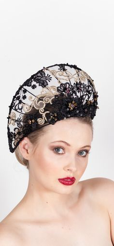 Milliner: Karin Goodman Photographer: Teardrop Studio (John Mckay) @teardropstudio Make up: Maren Holm @marenholm1 Model: Rhiannon @rhiannonjeanmay Vote in the 2017 MAA Design Award – People's Choice. Cast your vote for the chance to win a prize. T&C: By voting you agree to go onto our mailing list.Voting closes Friday July 7th 2017 at midnight
