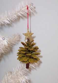 Pine Cone Upside Down Christmas Tree by WestTwinCreationsLLC Holiday Ornaments, Holiday Crafts, Christmas Decorations, Holiday Decor, Pine Cone Tree, Pine Cones, Upside Down Christmas Tree, Xmas Trees, Tree Tops