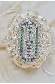 Pasimenterié Couture Ornament - JT09-3102-135