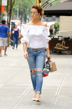 Kate Beckinsale wearing Rag & Bone Boyfriend Jeans, Sergio Rossi Godiva Jasmine Pointy-Toe Pumps, Illesteva Delon Sunglasses, Mark Cross Saffiano Grace Large Box Bag and Alexis Ellen White Off-the-Shoulder Top