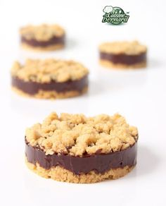 Bernard's Cuisine: The Extra-Crispy Tartlets with Spicy Chocolate Desserts With Biscuits, Mini Desserts, Cookie Desserts, No Bake Desserts, Easy Desserts, Delicious Desserts, Yummy Food, Pastry Recipes, Cake Recipes