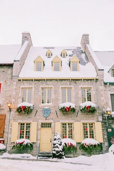 Quebec City Travel Guide including everything you need to know about where to stay, eat, drink, shop, and explore // Rhyme & Reason Montreal Travel, Montreal Quebec, Quebec City Christmas, World Traveler, Wanderlust Travel, Travel Guide, Travel Inspiration, Travel Destinations, Travel Photography