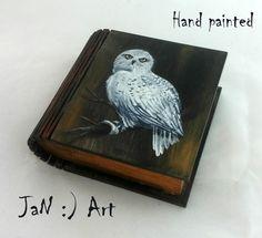 Hedwig Owl Hand Painted small box Harry Potter Hogwarts  Jewelry box Wizard World Magic Keepsake Box White Gift Wedding Art Rowling JaN:)Art