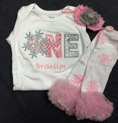 This listing is for one winter onederland shirt with matching rosette headband, and leg warmers. This shirt can be customized to match any