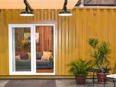 MY CONTAINER HOME: New generation builders