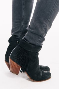 Fringe booties can b