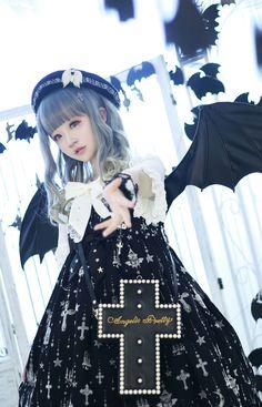 Angelic Pretty - Holy Lantern *black x white Style Lolita, Mode Lolita, Gothic Lolita Fashion, Harajuku Fashion, Kawaii Fashion, Cute Fashion, Asian Fashion, Rock Fashion, Lolita Cosplay