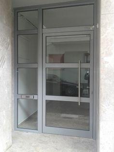 Είσοδος πολυκατοικίας Windows, Doors, Metal, Metals, Ramen, Window, Gate