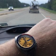 REPOST!!!  Morning commute in the bayou state. #swamplife  1971 #pogue #61396002 by @seikowatchofficial is on the wrist to kick off the weekend #watchfam #seiko #spacewatch #chronograph #vintagewatch  Photo Credit: Instagram ID @rpmahony