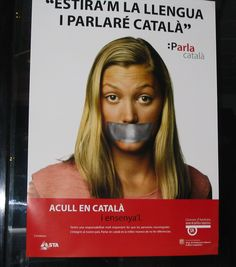 Cartell d'una campanya de dinamització del català dissenyada pel Servei de Política Lingüística d'Andorra. M'agrada la tria de l'eslògan i com està distribuït aquest cartell, la tria de colors i la imatge. L'única cosa que canviaria, potser la lletra petita del final la posaria més gran, ja que t'hi has d'apropar molt per llegir-la, la lectura seria més àgil i de fet és possible que al ser tan petita la gent ja no ho llegeixi.