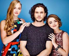 Sophie Turner (Sansa Stark), Kit Harrington (Jon Snow), Maisie Williams (Arya Stark)