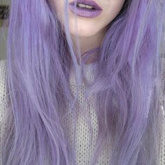 Emo has a amazing purple hair Love her hair ❤💜❤💜 Pelo Multicolor, Coloured Hair, Dye My Hair, Grunge Hair, Rainbow Hair, Crazy Hair, Purple Hair, Purple Lilac, Gorgeous Hair