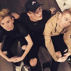 """Nice meeting this guy ❤You wanted us to make a song together. So if this and @isacelliot last picture gets 100k comments we might make a song together ;) write a """" ❤ """""""