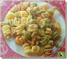 Vie quotidienne de FLaure: Pâtes colorées, sauce parfumée à la moutarde et au...