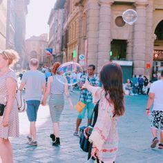Instagram의 치즈커리주세요님: 꺄올 #레푸블리카광장#비누방울#카페질리#피렌체#이탈리아