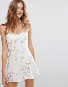 594620836a Discover Fashion Online Floral Playsuit