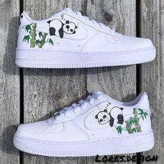 Cute Nike Shoes, Cute Sneakers, Nike Custom Shoes, Custom Made Shoes, Converse Shoes, Jordan Shoes Girls, Girls Shoes, Kawaii Shoes, Nike Shoes Air Force