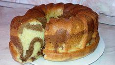 O rețetă simplă de chec pe bază de lapte. Prăjitura este cu cacao, dar o puteți pregăti și fără, gustul rămâne la fel de minunat. De asemenea, din acest aluat puteți face și brioșe, scurtați doar timpul coacerii.Ai nevoie de următoarele ingrendiente Romanian Food, Pastry And Bakery, Cookie Desserts, Diy Kitchen, Cooking Time, Bagel, Food And Drink, Sweets, Bread