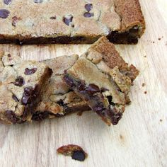 Rumbly In My Tumbly: Chocolate Chip Cookie Bars