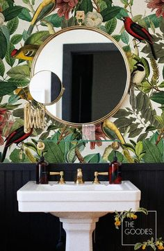Botanical removable wallpaper Colors of nature wall mural! I love this look! Botanical removable wallpaper Colors of nature wall mural! I love this look! So … Botanical removable wallpaper Colors of nature wall mural! I love this look! Vintage Bird Wallpaper, Botanical Wallpaper, Black Wallpaper, Bathroom Wallpaper Tropical, Tropical Bathroom Decor, Quirky Wallpaper, Trendy Wallpaper, Estilo Tropical, Downstairs Toilet