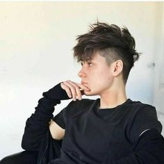There are something that you might want to consider before selecting the trending boys haircuts, such as the shape of your face and the texture of your hair. Both of these things matter a great deal when you want to kick out these stylish boy haircuts Ftm Haircuts, Tomboy Hairstyles, Trendy Haircuts, Girl Haircuts, Haircuts For Men, Teenage Boy Hairstyles, Undercut Hairstyles, Trending Boys Haircuts, Stylish Boy Haircuts