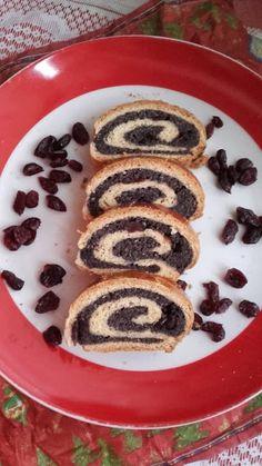 This no all / Disznóól - KonyhaMalacka  disznóságai: Aszalt áfonyás - mákos bejgli Rum, Pancakes, Breakfast, Food, Morning Coffee, Meal, Crepes, Essen, Pancake
