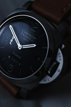 Panerai Luminor... Why do these have to cost so much!?!??! I want one so freakin' bad!