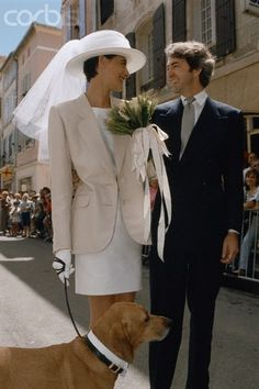 French model and fashion designer Ines de La Fressange and Luigi d'Urso walking towards the town hall of Tarascon, with their dog, for their wedding ceremony. After suffering a heart attack, d'Urso died at the age of on the 23 March in Paris. Wedding Looks, Perfect Wedding, Trend Fashion, Fashion Design, City Hall Wedding, Wedding Ceremony, French Models, Bridal Gowns, Wedding Dresses