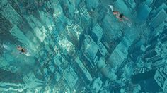 Global warming, A. Or, Swimming pool at Bhakti Park, Wadala, Mumbai. It's designed by attaching a giant aerial photograph of a NYC skyline to the floor of the pool. Mumbai, Image Internet, Ogilvy Mather, Ville New York, Sunken City, Voyager Loin, Sea Level Rise, Nyc Skyline, Manhattan Skyline