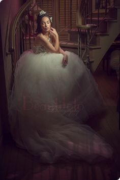Portrait of a bride byBeautifoto Montreal wedding photogrpahy