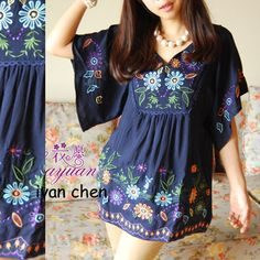 Vintage 70s Ethnic Floral EMBROIDERED Hippie BOHO  Mexican  Batwing Blouse Navy Festival DRESS One Size TOP S  M L XL US $17.99